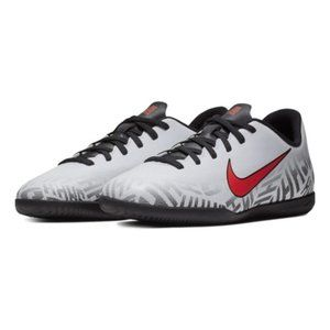 NEW! Nike Youth Vapor 12 Club NJR IC Soccer Shoes!